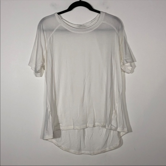 CALIA by Carrie Underwood Tops - Calia Carrie Underwood White Loose T Shirt